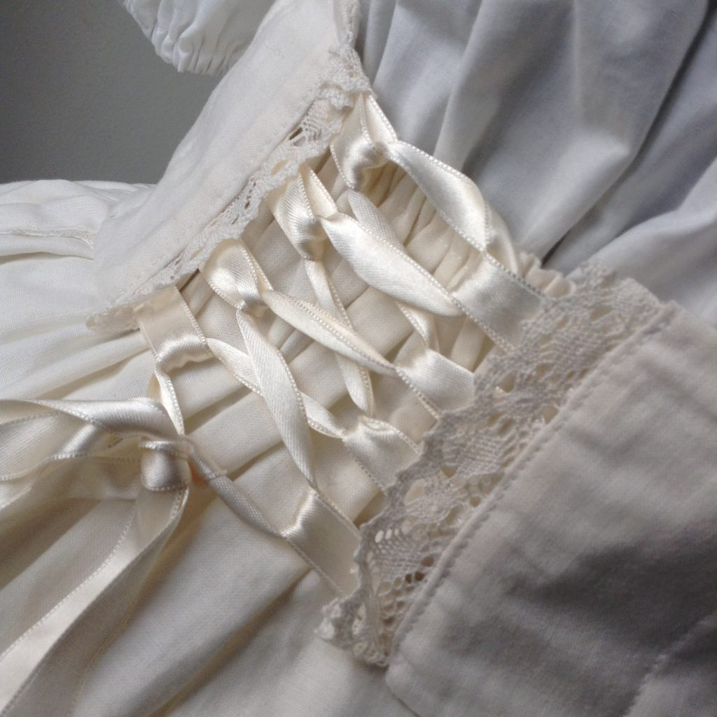 Detail - Back